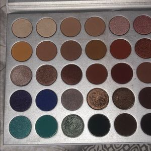 Morphe Makeup - Jaclyn Hill Palette Gently used